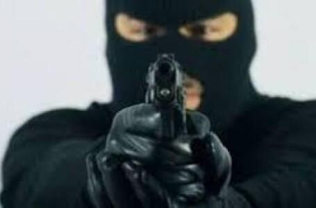 تعرض سكرتير رئيس مجلس السيادة لعملية نهب مسلح بمدينة بحري
